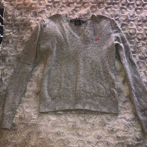 Gently used fitted sweater